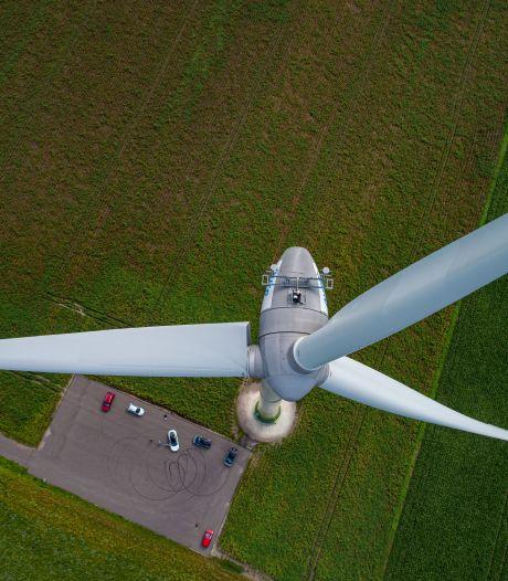 Inwoners Eefde verontwaardigd over nieuwe plannen windturbines: 'Ze hebben hun geldschieters rendement beloofd'