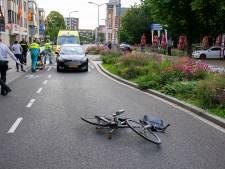 Fietser gewond bij botsing met auto in Oss
