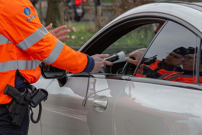 Illustratiebeeld verkeerscontroles.