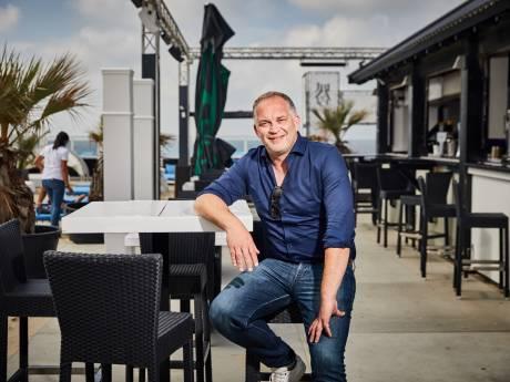 Dit is de man achter 74 villa's, 10 paviljoens en 7 winkels op het strand van Hoek van Holland