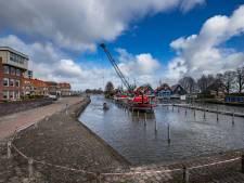 Baggerwerk ligt stil: overstroming dreigt doordat sloten en kanaal nu dichtslibben