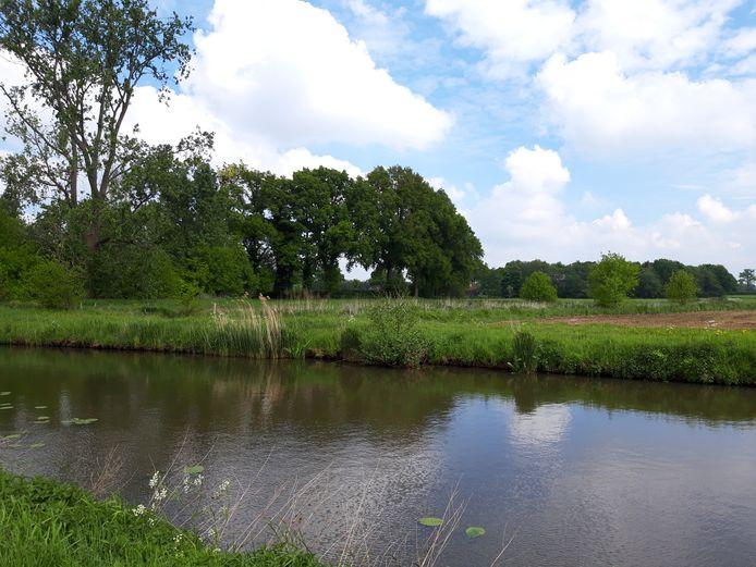 Het Markdal in Breda en Alphen-Chaam krijgt extra natte en bloemrijke oevers en meanders.