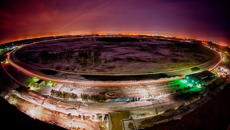 De Tevratron-deeltjesversneller in Batavia, Illinois, die in 2011 werd gesloten. Beeld  FERMILAB