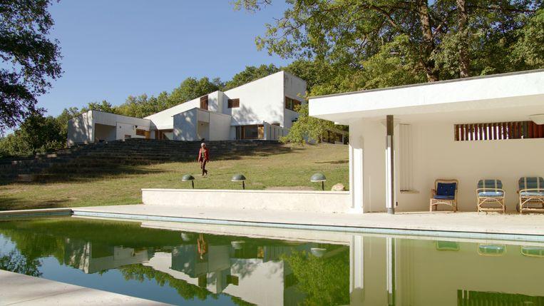Maison Louis Carré, een ontwerp van Alvar Aalto, gebouwd nabij Parijs in 1959 Beeld TMDB