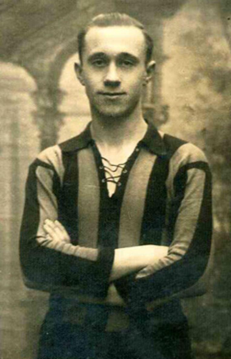 België behaalt zijn grootste overwinning tegen Nederland: 7-1. Jules Van Craen speelt een hoofdrol met drie doelpunten. In 1945 sterft Van Craen op 25-jarige leeftijd.
