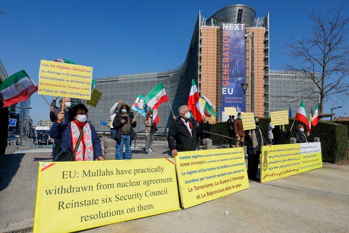 Zaterdag troepte een vijftigtal manifestanten samen om te protesteren tegen het Iraans regime.