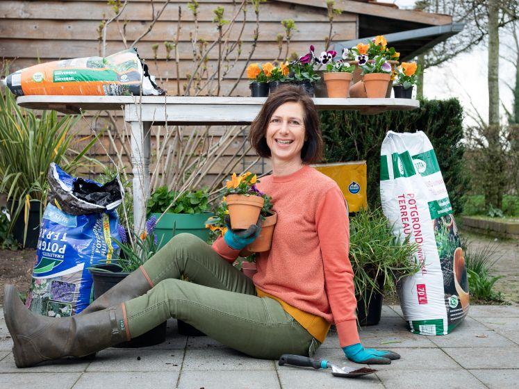 """Welke potgrond is je geld waard? """"Paar euro verschil heeft een serieuze impact op je planten"""""""