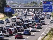 Drukte op Europese snelwegen naar het zuiden, vooral in Frankrijk is het filerijden