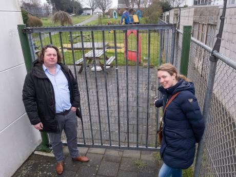 Wethouder werkt hard aan schuldsanering speeltuin Oude Stad, maar het duurt nog even voordat kinderen er kunnen spelen