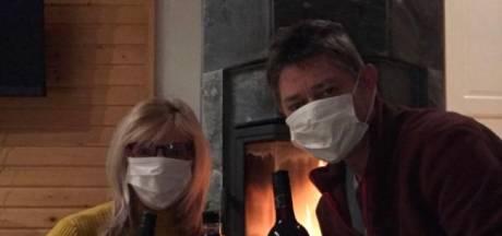 Toon en Marjon moeten na busrit met coronapatiënte in quarantaine in Finland: 'We zitten nu op elkaars lip'