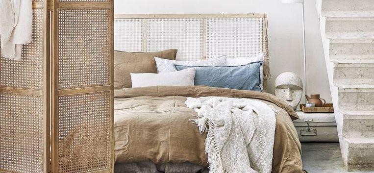 Geef je bed een make-over: maak zelf dit prachtige hoofdeinde