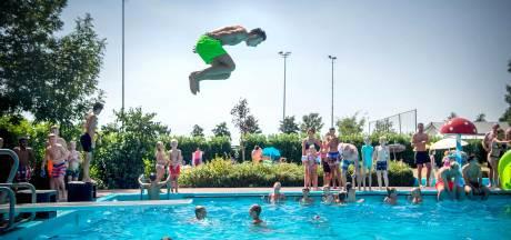 Met genoeg nieuwe vrijwilligers kan zwembad Dreumel deze zomer wel open