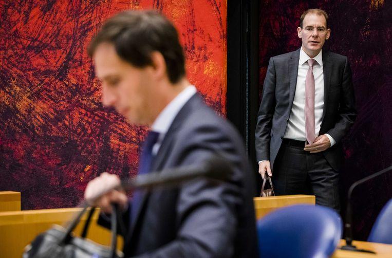 Staatssecretaris Menno Snel van Financiën (D66) en minister Wopke Hoekstra van Financiën (CDA tijdens de Algemene Financiële Beschouwingen in de Kamer.  Beeld ANP