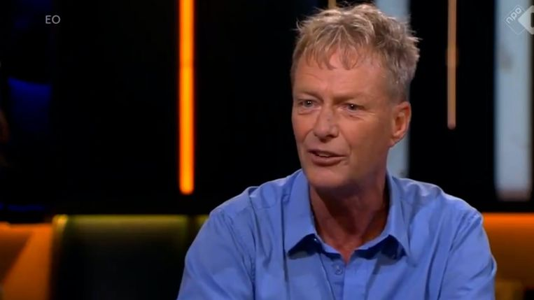 Simon Vuyk heeft dinsdagavond 1 miljoen euro opgehaald om de coldcasezaak van Tanja Groen een nieuwe impuls te geven. Het initiatief werd gestart door Peter R. de Vries. Beeld Videostill