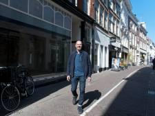 Deventer zorgenkindje Lange B. komt volop in bloei: ook modehuis Schräder gaat door