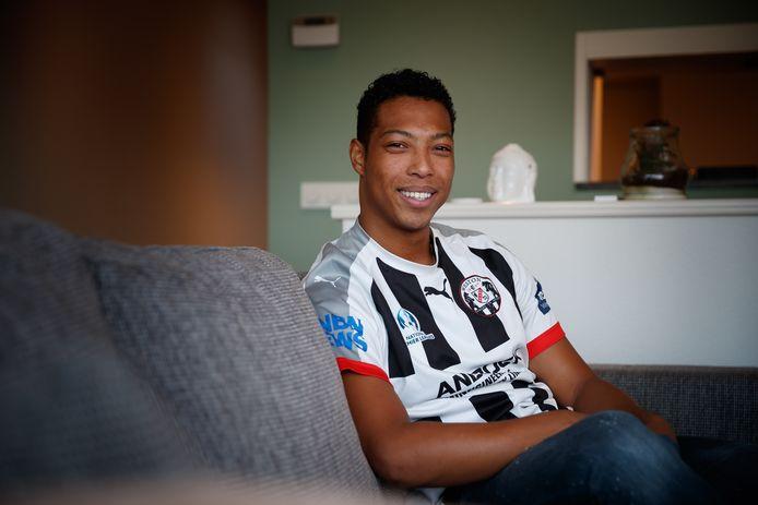 Jason Tjien-Fooh is na een voetbalavontuur in Australië weer terug in Nederland.