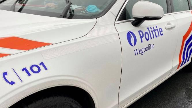 Achtervolging eindigt met crash in Deerlijk: Politie vindt 16 kilogram cannabis