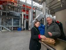 """Bezorgde Zwollenaren nemen kijkje in biomassacentrale Balkbrug: ,,Qua viezigheid valt het mee"""""""