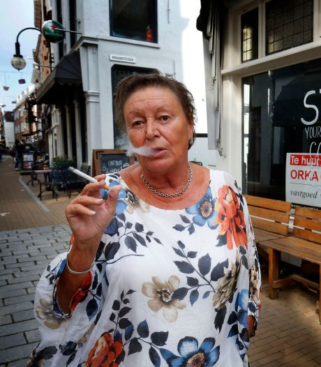 Voorzitter stichting Tabak Mag wil rookcafé openen: 'Hier kunnen rokers elkaar in alle rust ontmoeten'