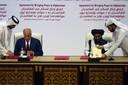 De ondertekening van het vredesakkoord tussen de Amerikanen en de Afghaanse taliban in februari 2020 in Qatar