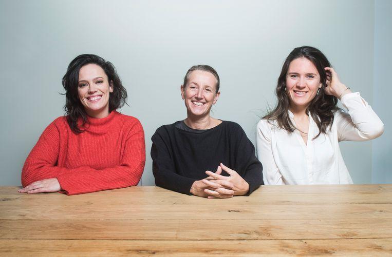 V.l.n.r. Marieke Dilles (Dagen Zonder Vlees), Ineke Van Nieuwenhove (Mei Plasticvrij) en en Charlotte Scheerens (Climate Express). Beeld Karel Duerinckx