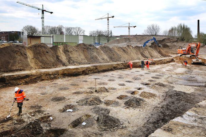 BREDA - Archeologische opgravingen door gemeente Breda in het Liniekwartier.