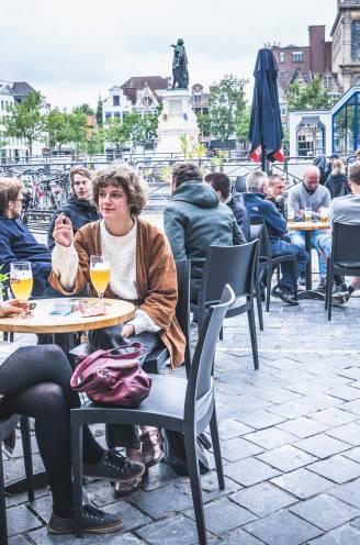 """Enkel de terrassen open? Meerderheid horeca-uitbaters wil het niet: """"Enkel als regering betaalt bij regenweer"""""""