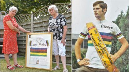 """""""Om al zijn supporters te kunnen groeten, kroop hij in de dakgoot"""": zussen Anita en Marie-Claire blikken 50 jaar later terug op WK-zege van Jempi Monseré"""