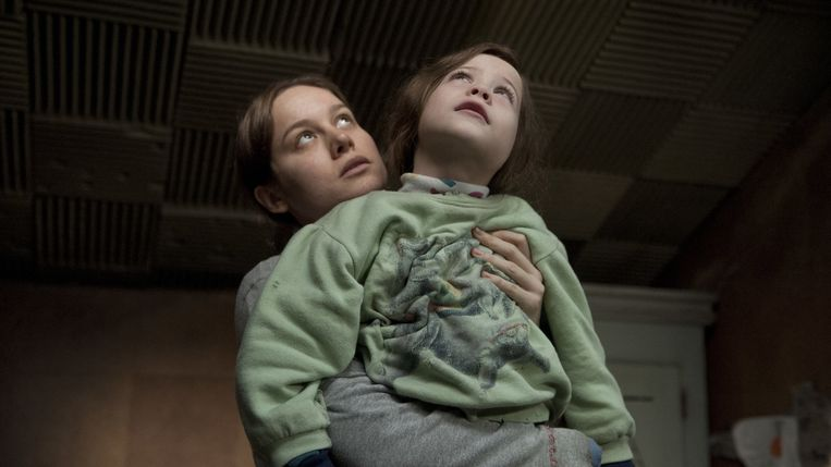 Brie Larson en Jacob Tremblay in Room. Beeld
