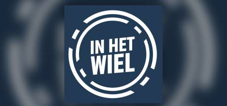 Podcast | 'Wat een dag!' Van der Poel wint Vlaanderen, Kelderman dicht bij het roze