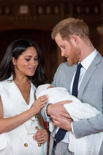 """Babynaam Harry en Meghan verdeelt Britten: """"Hoe durven jullie, na zo'n zware uithaal naar de koninklijke familie?"""""""