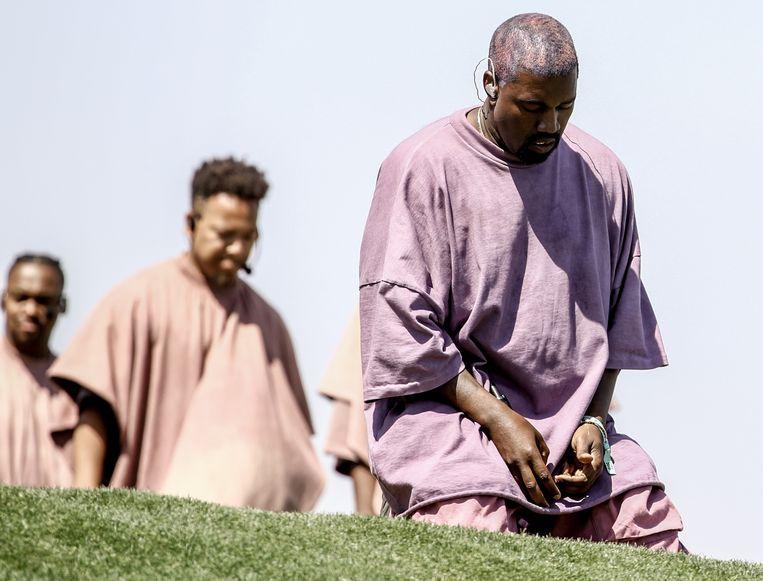 Kanye in diepe overpeinzing op Coachella. Beeld Getty Images for Coachella