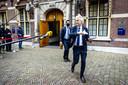 Geert Wilders (PVV) vertrekt bij het ministerie van Algemene Zaken na afloop van een overleg met premier Mark Rutte.