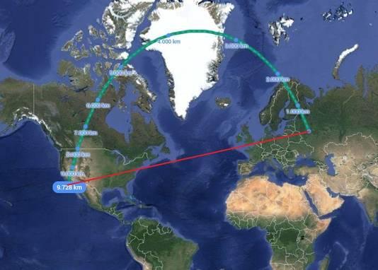 De kortste route tussen Moskou en Los Angeles: niet via de rode lijn, wel via de groene.