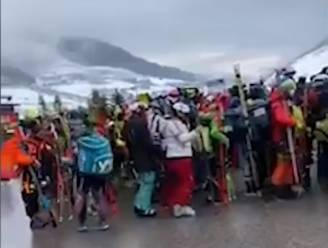 Welke coronacrisis? Mensen staan op elkaar gepakt aan kabelbanen in Oostenrijkse Tirol
