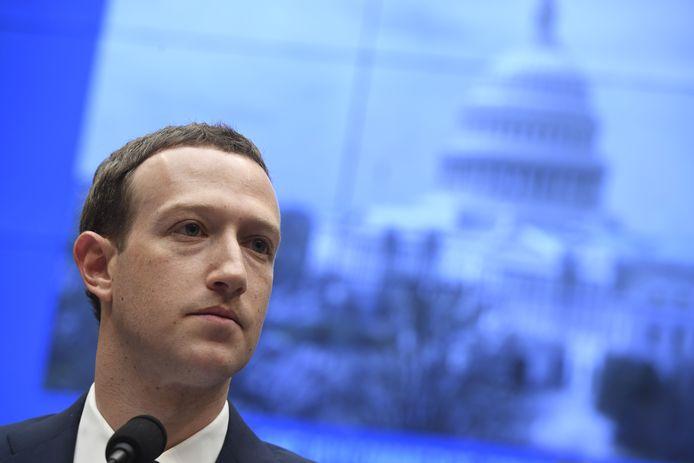 Facebook-oprichter Mark Zuckerberg zegt dat zijn bedrijf de Europese privacyregels zal respecteren.