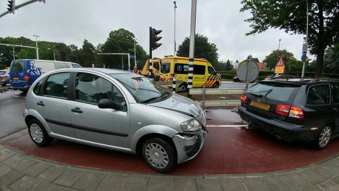 Twee betrokkenen raakten lichtgewond.