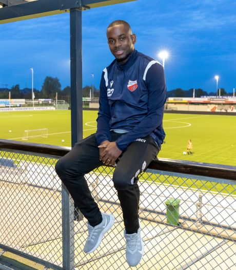 Van Overbeek verkast na afketsen Noord-Ierse transfer van De Treffers naar Kozakken Boys