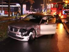 Automobilisten met de schrik vrij bij botsing auto en busje in De Klomp