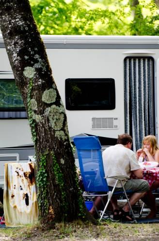 Campingclusters in Frankrijk: toeristen zorgen voor explosie van coronabesmettingen