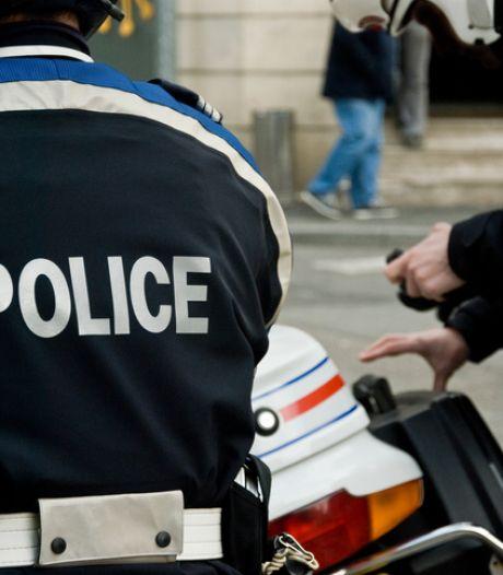 La police sauve une fillette de 18 mois en danger sur un balcon