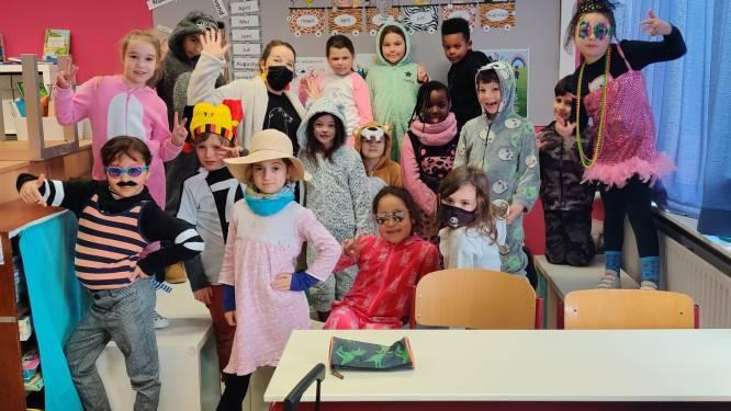Leerlingen gemeenteschool Schatteneiland tonen liefde voor... carnaval
