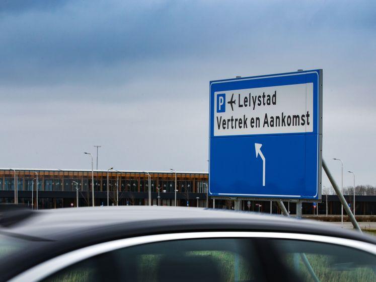 ChristenUnie: 'Minister wil Lelystad Airport koste wat kost doordrukken'