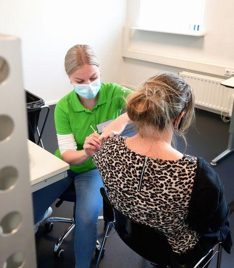 Groep patiënten Beatrixziekenhuis krijgt uitnodiging voor derde coronavaccinatie