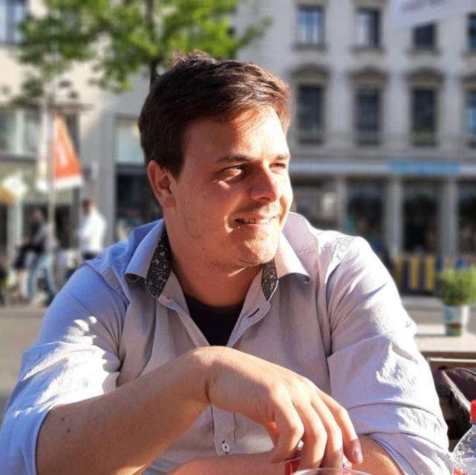 Pieter Uytterlinde (31) lanceert het nieuwe concept 'Date A Mate' in Antwerpen.
