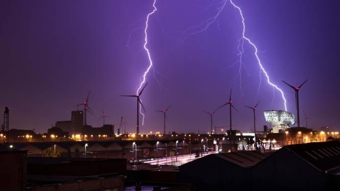 Nog meer intense buien en onweer: code geel in heel het land, al wateroverlast in Nieuwpoort en Knokke
