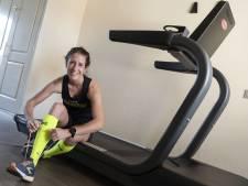 Geen 'echte' marathon? Dan maar een wereldrecordpoging op de loopband in Rijssen