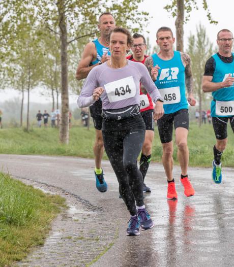 Ton loopt in Basel bijna 220 kilometer in 24 uur en wint dik