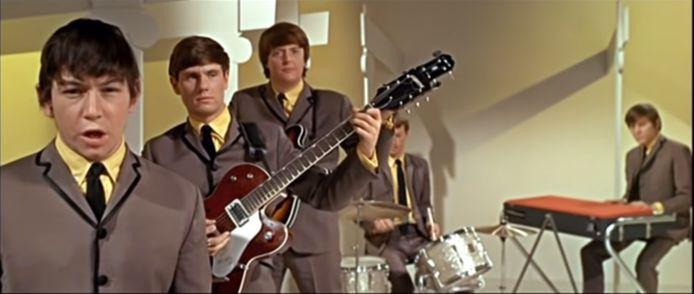 The Valentines aan het werk in de videoclip van 'The House of The Rising Sun'. Valentine staat tweede van links.