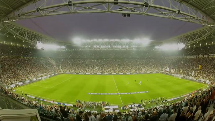 Het voetbalstadion van Juventus met LED verlichting van Signify in Eindhoven.